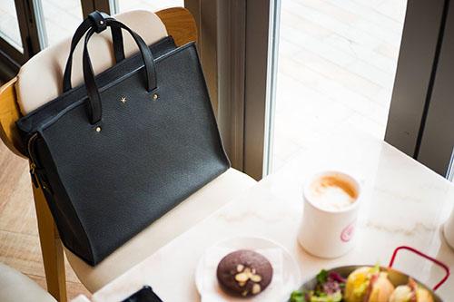 Prendre soin d'un beau sac à main en cuir